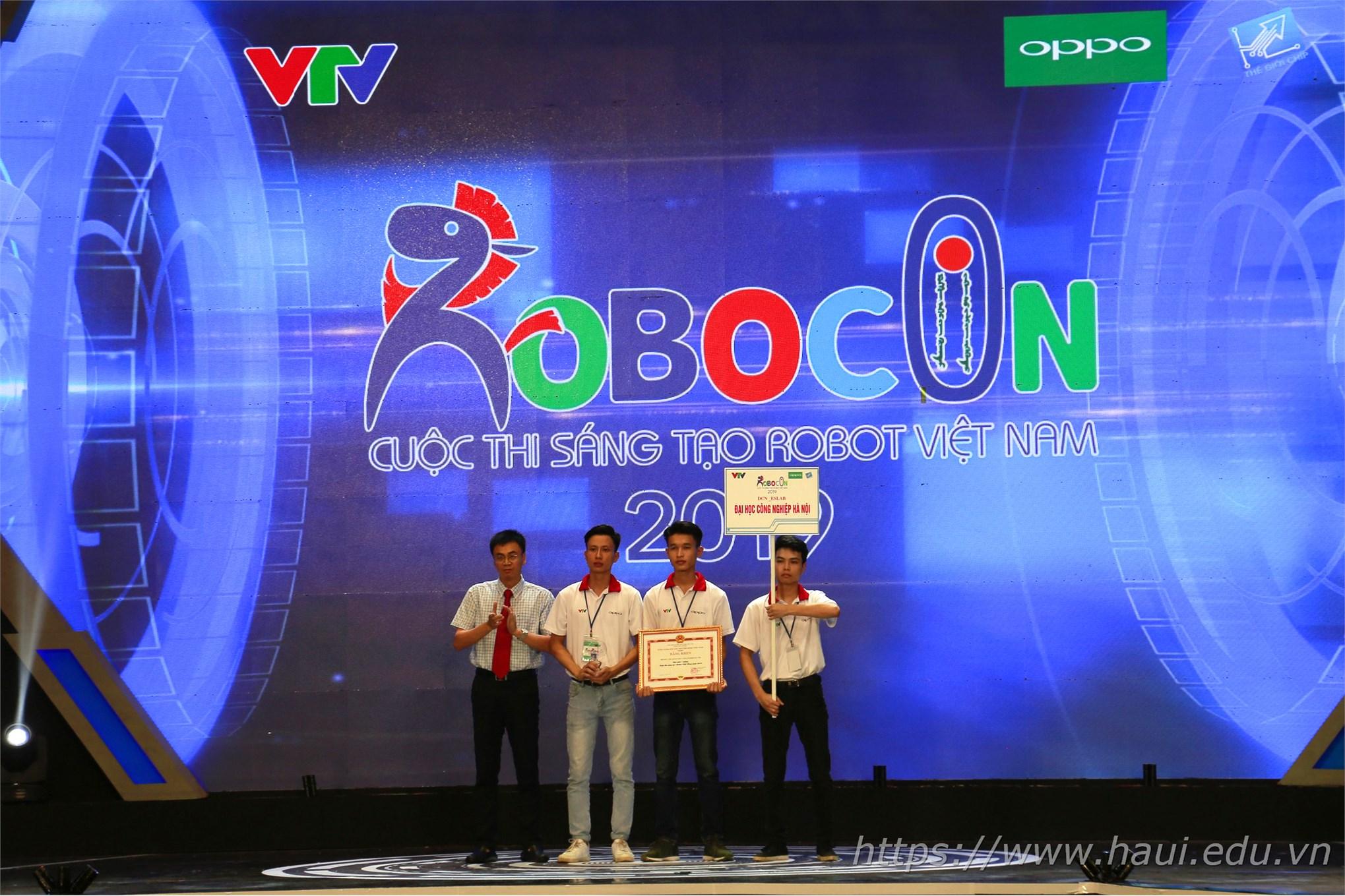 Đại học Công nghiệp Hà Nội giành giải Ba tại Cuộc thi Sáng tạo Robocon Việt Nam 2019