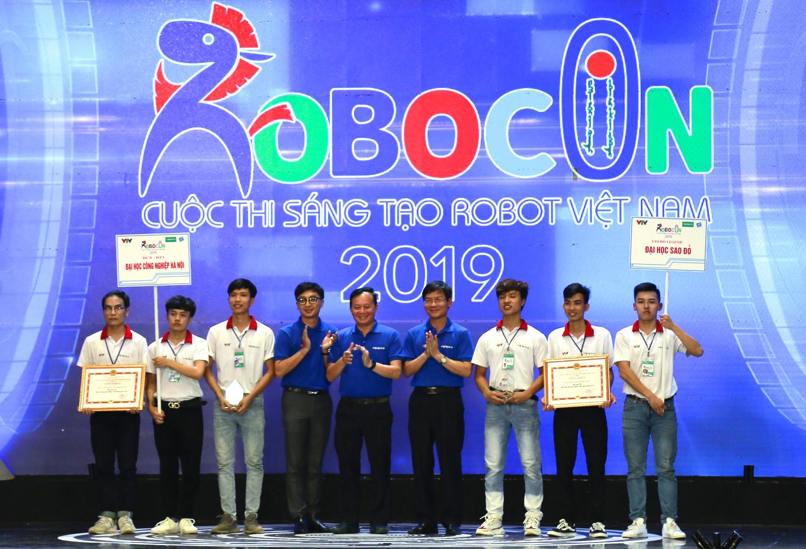 Đại học Công nghiệp Hà Nội giành giải `Đội có ý tưởng sáng tạo nhất` và giải Ba Cuộc thi Sáng tạo Robot Việt Nam 2019